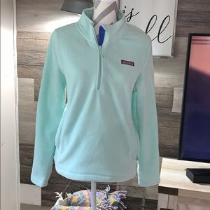 Women's vineyard vines pullover size large